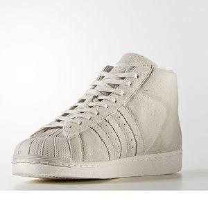 Adidas shoes men, size 10